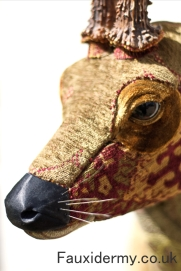 roe-deer-fauxidermy-taxidermy-textile-fabric-trophy-head
