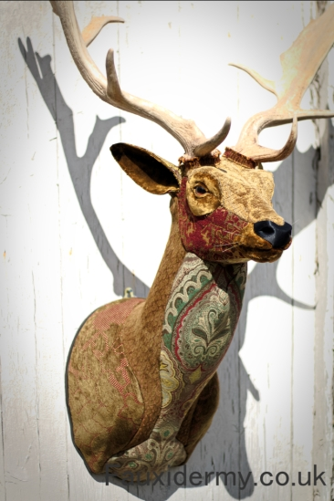fallow-deer-buck-stag-fauxidermy-taxidermy-textile-fabric-trophy-head